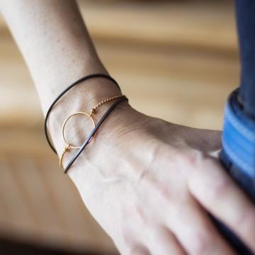 Bracelet caoutchouc, anneau et chaîne plaqué or
