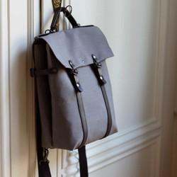 Nos sacs à dos upcyclés et made in France sont de nouveau disponibles sur notre site saintlazare.fr  #sacados #sacadosmadeinfrance #madeinfrance #upcycling #surcyclage #maroquineriefrancaise #saintlazarefrance #zerodechet #sacvegan