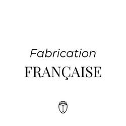En tant que marque engagée dans l'#upcycling, il nous a semblé évident de confier la fabrication de nos sacs à un atelier de maroquinerie français.  Fabriquer en France permet de réduire notre impact sur l'environnement et de créer de l'emploi.   Retrouvez nos sacs upcyclés et Made in France en précommande sur Ulule (lien dans la bio).   #saintlazarefrance #modedurable #surcyclage #madeinfrance #maroquineriefrançaise #sacmadeinfrance  #fabricationfrancaise #mif